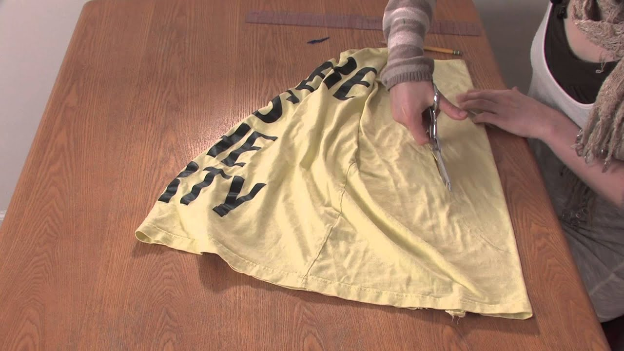 Design t shirt zumba - How To Cut A T Shirt Into A Racerback Braided Tank Without Sewing Diy Shirt Designs Youtube