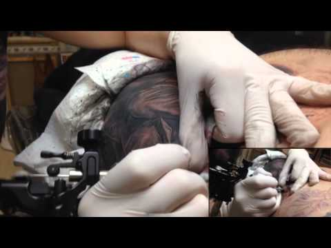 Getting tattooed by Master Dmitriy Samohin