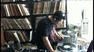 DJ Gilly Gill Break Dance Electric Boogie Short