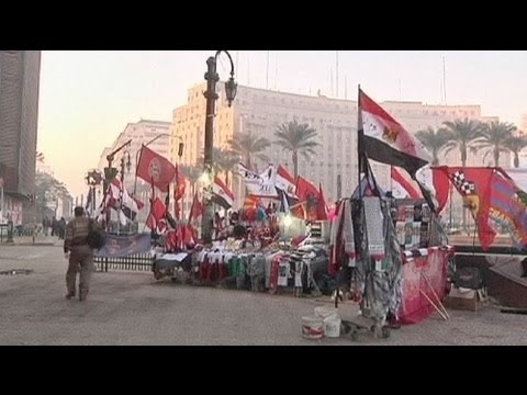 Egypt gives Islamist constitution a chance