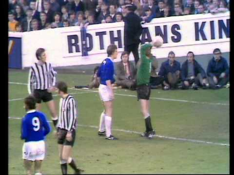 Everton 1 Newcastle 0  30 October 1971