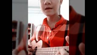 Xa mẹ con sống sao ukulele