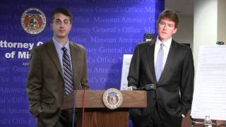 Missouri Attorney General Chris Koster and consumer complaint expert Dave Angle (left).