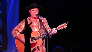 "Tracy Lawrence - ""If The World Had A Front Porch"" 8/22/17"