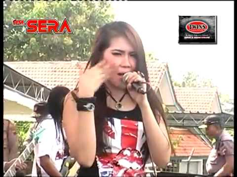 HITAM PUTIH via valen dangdut 2013 oleh OM SERA