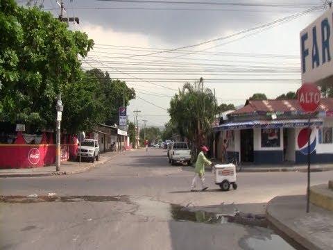 [Honduras] Residential Area in San Pedro Sula (Aug., 2013)