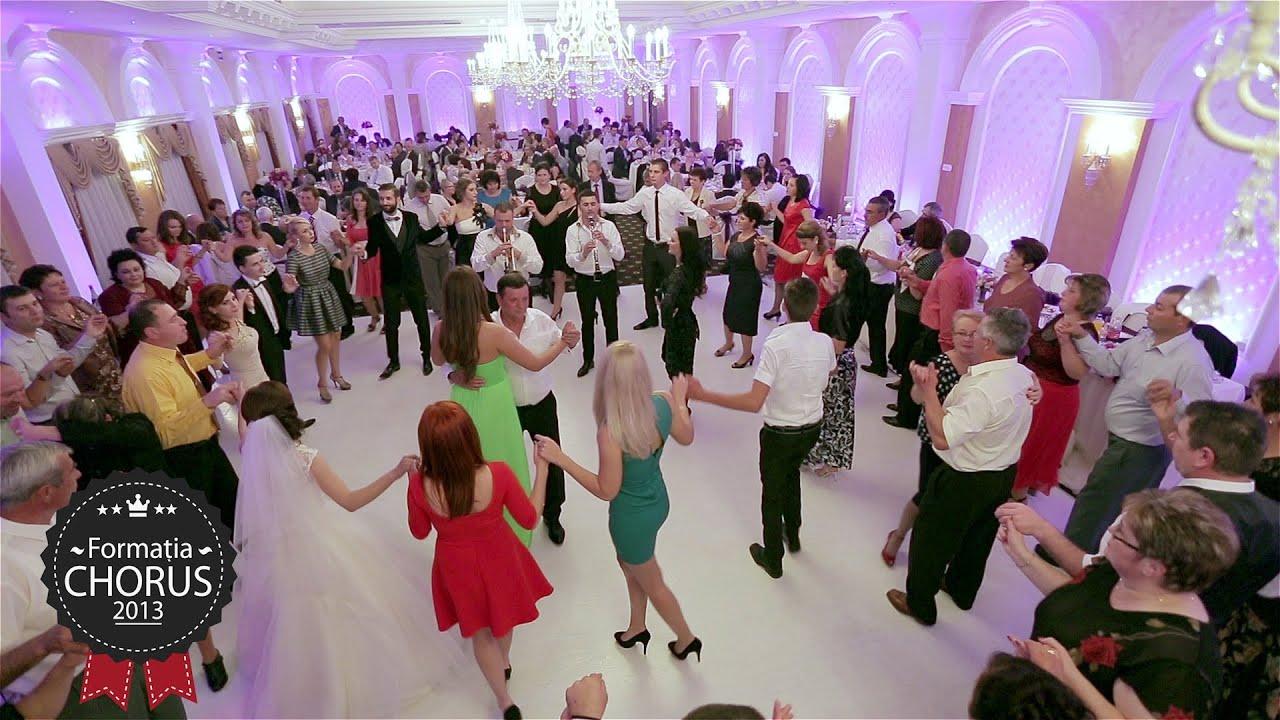 Download Cele mai frumoase cantece de petrecere nunta Cosmin si Gabriela 2013