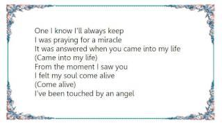 Gloria Estefan - Touched by an Angel Lyrics
