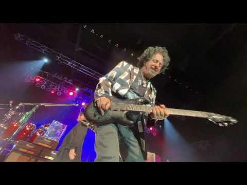 Front Row Center With Steve Lukather, Toto. Home Of The Brave.