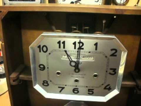 girod wall clock westminster du jura with calendar youtube. Black Bedroom Furniture Sets. Home Design Ideas