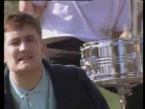 The Housemartins - Five Get Over Excited