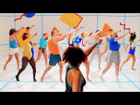 Pip Blom - Keep It Together (uk tv version)