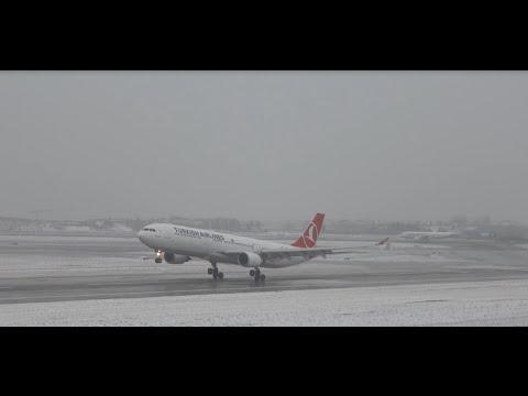 ✈ Istanbul Ataturk Airport Landing Runway 35L ( Snow Landing )  - HD