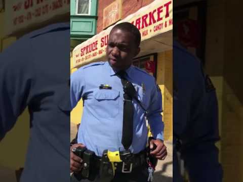 OPEN CARRY CIVILIAN CALLING COP DICK HEAD