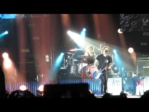 5sos - Permanent Vacation 12-05-15 Copenhagen, Forum