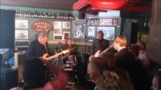 Esa Pulliainen C  Combo -Surujen Kitara(Johnny Guitar)