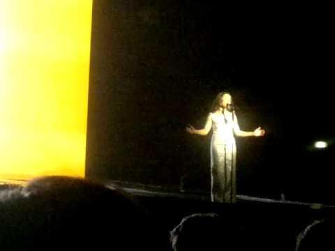 [08/10] Sade - Forum Assago (Milan Milano Italy) 06/05/2011