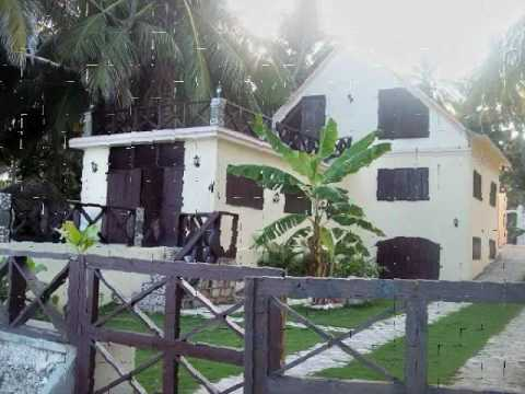 House in delmas 83 haiti design 1 haiti funnydog tv for College canape vert haiti