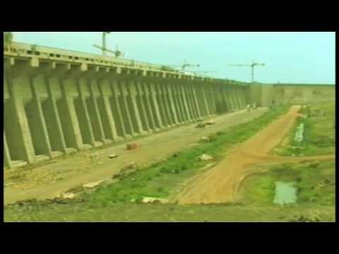 Construcción de la Central Hidroeléctrica Yacyretá
