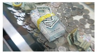 IPOD WRAPPED WITH $100 BILL!! || Coin Pusher On The Edge
