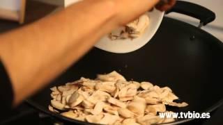 Risotto semicrudo de coliflor con salsa de champiñones
