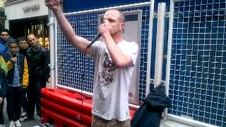 Repeat youtube video This Guy is the worlds best at Dubstep Beatbox!!