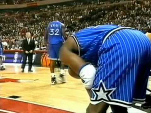 Chicago Crowd Taunts Horace Grant and He Gets Injured