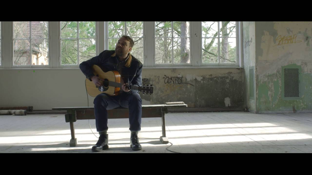 frightened-rabbit-die-like-a-rich-boy-acoustic-frightened-rabbit