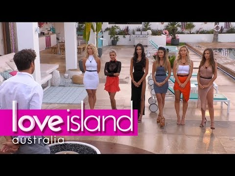One girl is dumped at the recoupling | Love Island Australia 2018