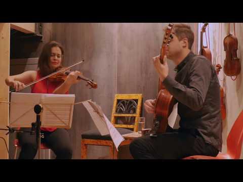 Niccolo Paganini - Cantabile Op. 17,  Joanna Kamenarska - Violin, Christian Schulz - Guitar