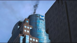 Incendie dans un gratte-ciel du centre-ville de Montréal / Ville-Marie - RAW FOOTAGE