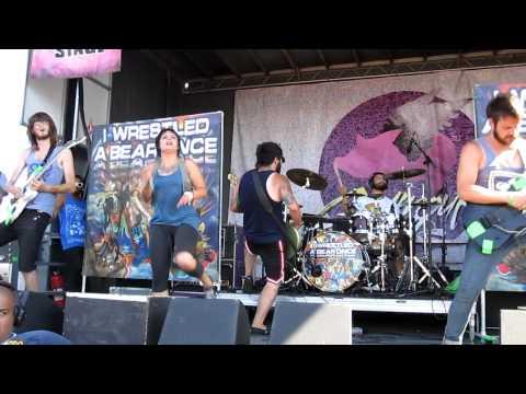 iwrestledabearonce - Tastes Like Kevin Bacon live @ Warped Tour 2010