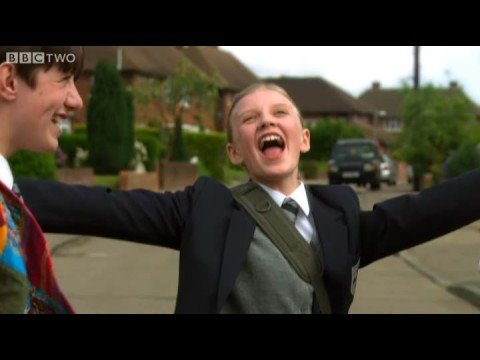 Dancing in the Street / Melody Crescent Medley - Beautiful People - BBC Two