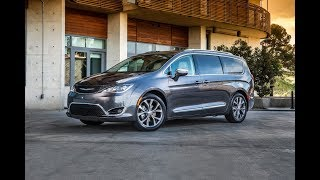 Chrysler Pacifica 2018 Car Review