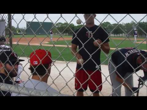 Minnesota Twins MiLB pitchers JT Chagois and Paul Clemens showing off their juggling skills