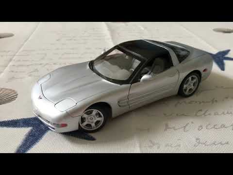 Review Of 1999 Chevrolet Corvette By Welly (Scale 1/18)