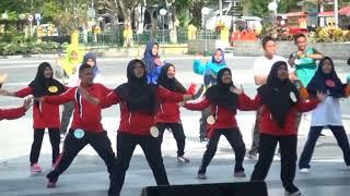 Download Video Senam Kun Anta Part 2 Dalam Rangka Peringatan Hari Ayah dan Ibu Ke 11 dan 89 di Kab Siak Prov Riau T MP3 3GP MP4
