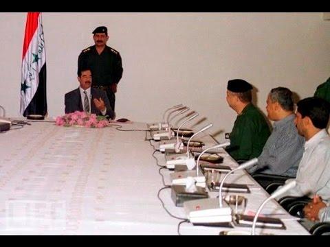 صدام حسين في اجتماع مهم جـــداً لاكثرمن ٧٠ دقيقة حينما قال شوكت تهتز الشوارب ، فلم نادر جداً للتاريخ