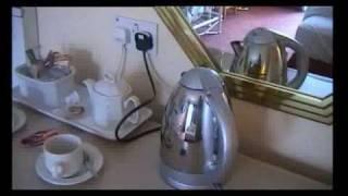 Bill Bailey - Tea And Coffee Making Facilities !!!