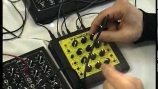 MFB nanozwerg synth vs urzwerg seq vs kraftzwerg synth Resimi