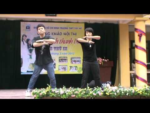 Học sinh THPT Tây Hồ diễn Hip hop ngày 26-03-2012