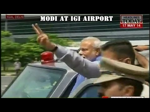 Celebration starts with Narendra Modi's arrival in the capital