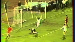 1980 (April 23) Frankfurt (West Germany) 5- Bayern Munich (West Germany) 1 (UEFA Cup).mpg
