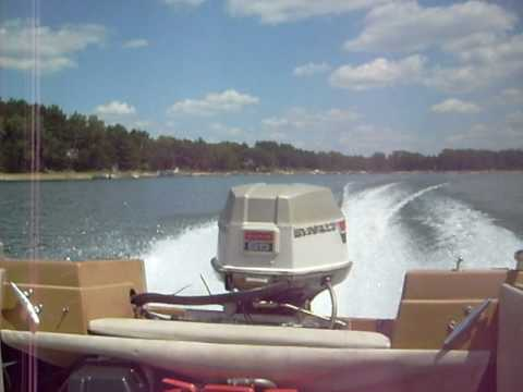 Astro Boat with 1974 Evinrude 85hp outboard at the lake