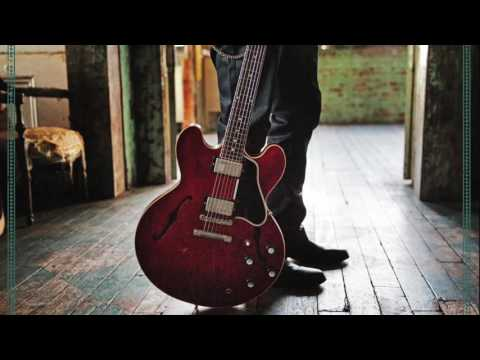 """Warren Haynes and The Ashes & Dust Band ft. Chris Stapleton - """"Desperados Waiting For A Train"""""""