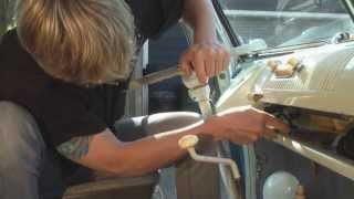 Vintage Vw Bus Stereo Upgrade - Diy German Aircooled Garage #1