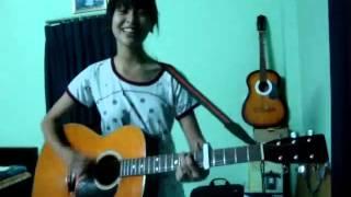 Cô gái Bách khoa Hà Nội chơi guitar cực hay