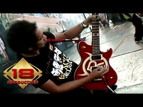 Slank - Sosial Betawi Yoi   (Live Konser Lampung 27 Juni 2006)