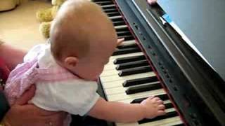 Baby Pianist jasmine