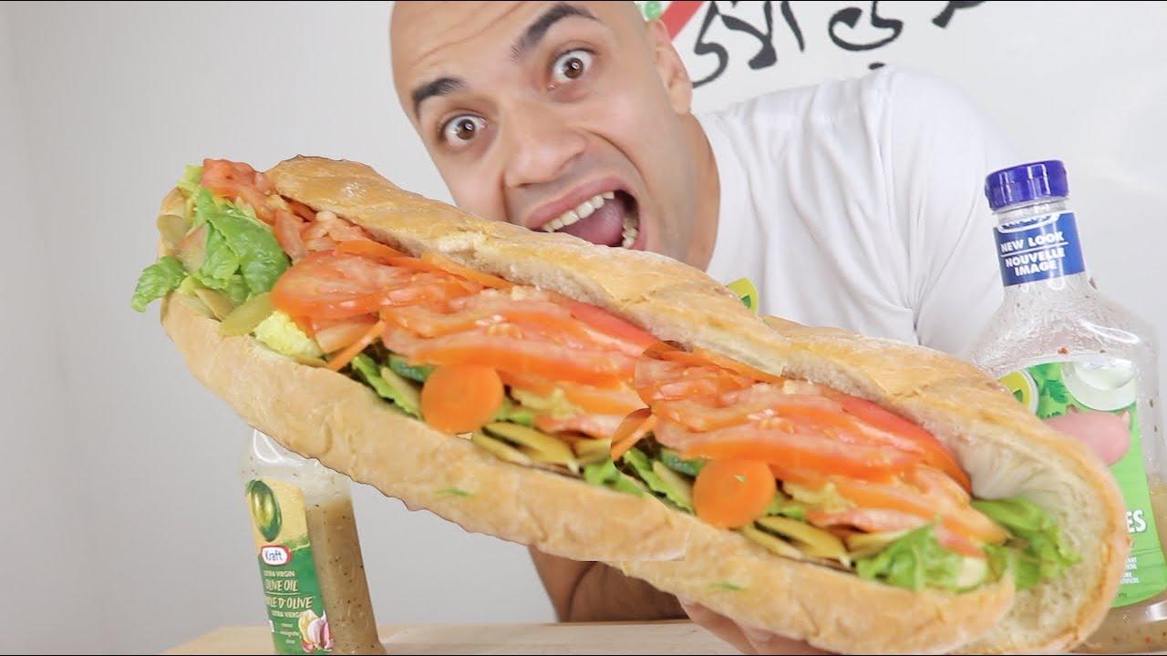 (تحدي اكل اكبر سندويش دجاج وخضروات بالعالم (فيديو كامل من غير تقطيع 